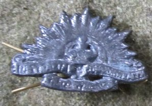 AUSTRALIA CAP BADGE-METAL